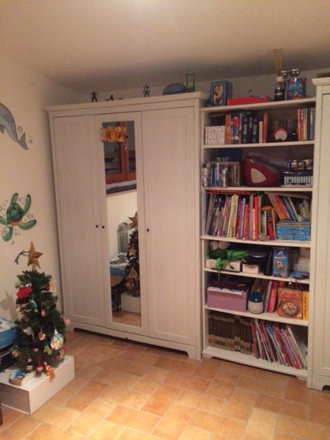 La nostra cameretta ikea e decorazioni per le pareti supermamma - Tappeti cameretta ikea ...