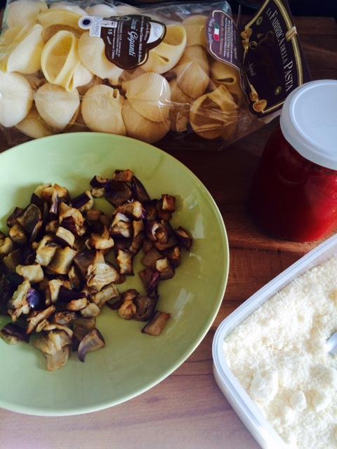 Ingredienti-conchiglioni-alla-parmigiana