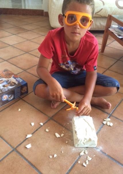 Giocare al piccolo archeologo