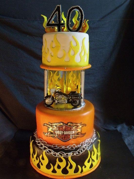 torta moto 40 anni