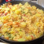 Paella di carne e verdure