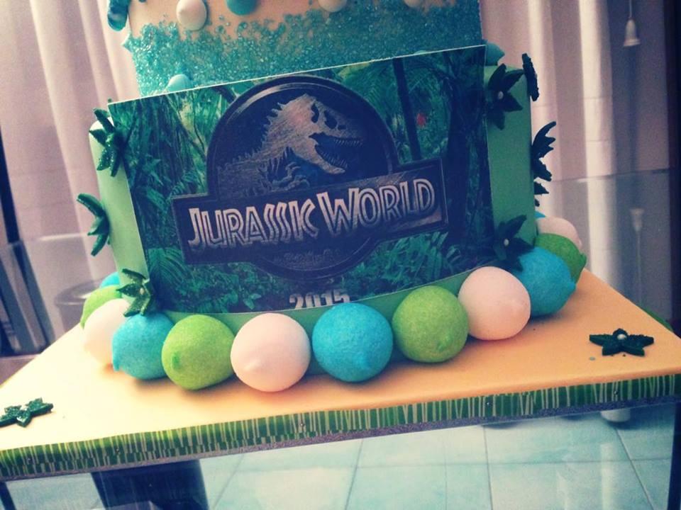 torta di compleanno jurassic world
