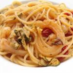 Risotto o pasta: zucchine, porro e gamberetti.