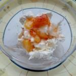 Coppa crema, frutta e gelato