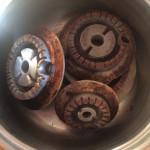 Come pulire i fornelli o fuochi in alluminio (facile e economico)