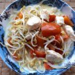 Zuppa al latte di cocco con pollo